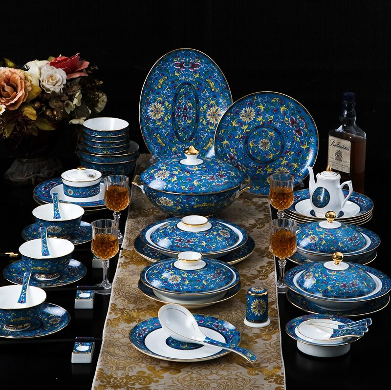 blue floral printed dinner set