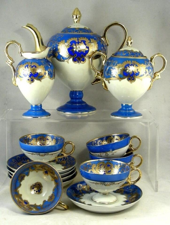 blue white crockery set