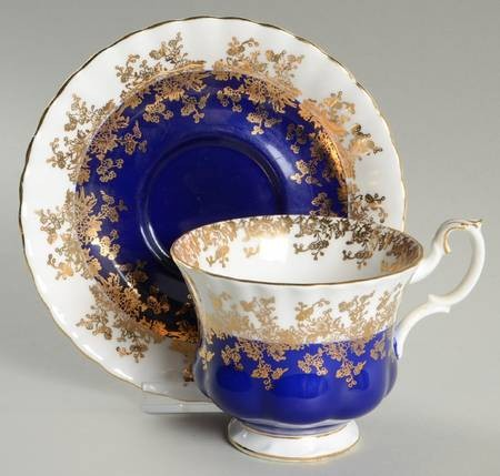 blue white floral cup plate set