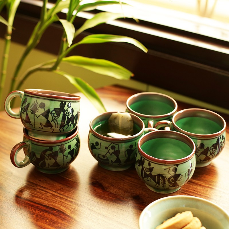green printed cup set