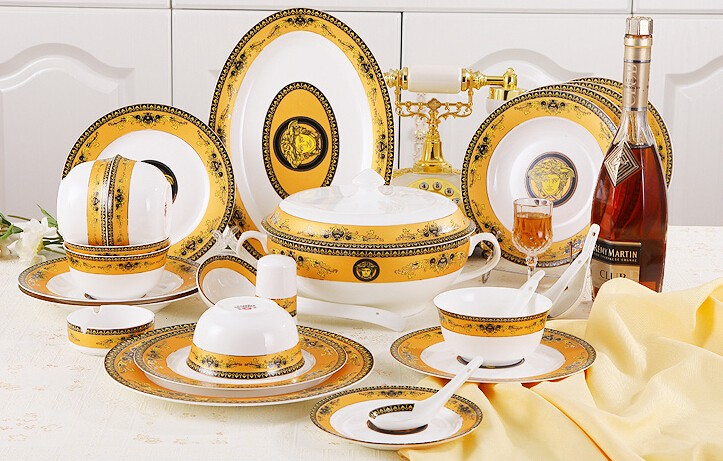 royal golden printed dinner set